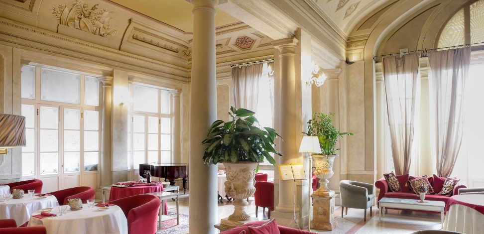 castle hotel, castle hotels, stay in a castle Hotel, rent a castle ...